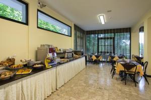Hotel Beau Soleil, Hotels  Cesenatico - big - 63