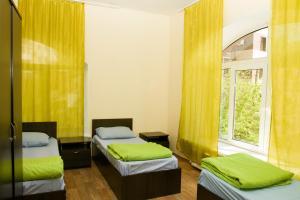 Check Inn Hotel&Hostel