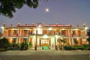 Royal Diamond Motel, Nyaung Oo