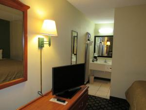 Days Inn Ashburn, Motels  Ashburn - big - 51