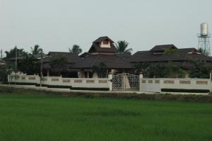 Lanna Thai Villa Home Stay