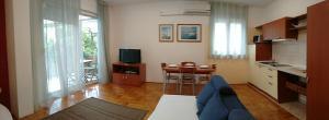 Apartment Lajos, Apartmanok  Crikvenica - big - 5