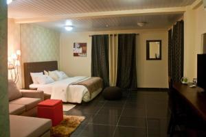 Аккра - M Suites Hotel