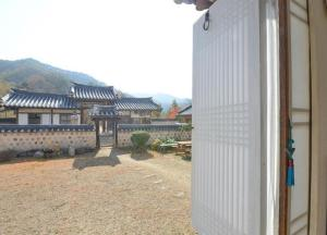 Suaedang Hanok Stay, Гостевые дома  Andong - big - 6