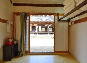 Suaedang Hanok Stay, Гостевые дома  Andong - big - 7