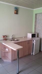 Uyutnaya Inn, Vendégházak  Jevpatorija - big - 23