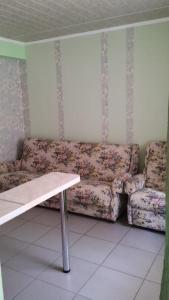 Uyutnaya Inn, Vendégházak  Jevpatorija - big - 18