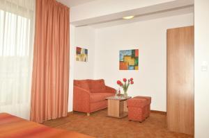 Family Hotel Vega, Отели  Святые Константин и Елена - big - 8