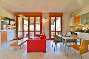 Emilia Levante C Studio Apartment