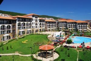 (Watermill Hotel)