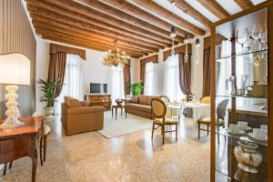 Апартаменты «San Teodoro Palace - Luxury», Венеция