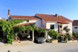 Apartment Okrug Gornji 1107a