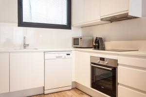 Deco Apartments – Diagonal, Ferienwohnungen  Barcelona - big - 41