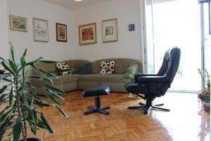 Apartment Toma 2