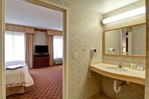 Hampton Inn & Suites Leesburg, Szállodák  Leesburg - big - 9