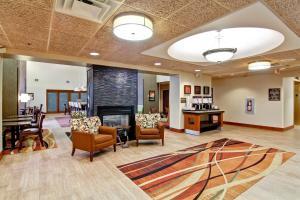 Hampton Inn & Suites Leesburg, Szállodák  Leesburg - big - 19