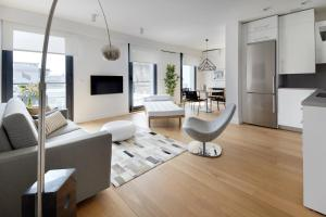 Moshi Terrace Apartment by FeelFree Rentals, Ferienwohnungen  San Sebastián - big - 8