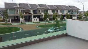 Quiet, Cozy Green 2-Storey@Legoland, Ubytování v soukromí  Johor Bahru - big - 3