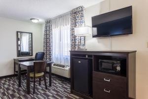 Quality Inn Farmington, Hotely  Farmington - big - 18