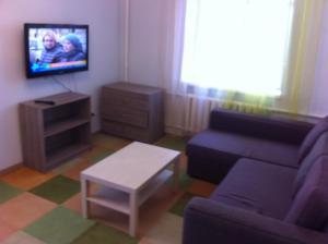Apartment na 11-ya Parkovaya street