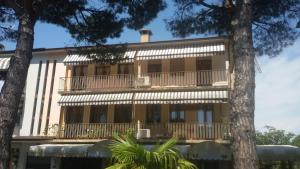 Appartamenti Villa Nella, Apartmanok  Caorle - big - 15