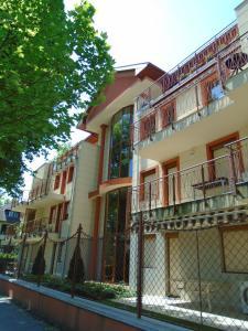 Sunny Apartman, Apartmány  Siófok - big - 33
