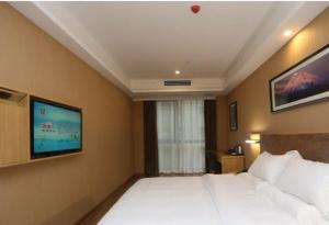 Price Standard Inn