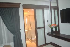DM Residente Hotel Inns & Villas, Hotels  Angeles - big - 61