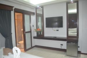 DM Residente Hotel Inns & Villas, Hotels  Angeles - big - 52