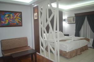 DM Residente Hotel Inns & Villas, Hotels  Angeles - big - 54