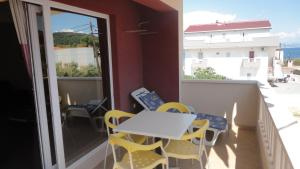 Apartments Gule, Apartmanok  Slatine - big - 11