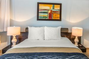 Best PayPal Hotel in ➦ Levittown: