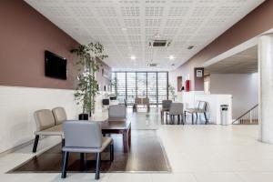 Residencia Universitaria Giner de Los Ríos, Hostels  Alcalá de Henares - big - 25