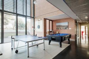 Residencia Universitaria Giner de Los Ríos, Хостелы  Алькала-де-Энарес - big - 24