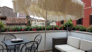 Savoia & Jolanda Apartments 2