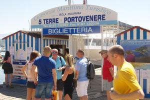 il 23 Holiday Home, Ferienhäuser  La Spezia - big - 51