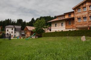 Hirschenhof, Bauernhöfe  Toblach - big - 38