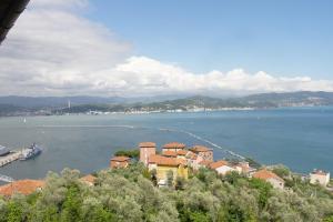 il 23 Holiday Home, Ferienhäuser  La Spezia - big - 41