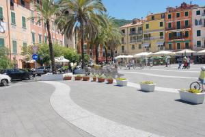 il 23 Holiday Home, Ferienhäuser  La Spezia - big - 36