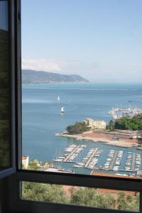 il 23 Holiday Home, Ferienhäuser  La Spezia - big - 34