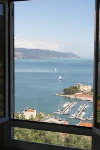 il 23 Holiday Home, Ferienhäuser  La Spezia - big - 33
