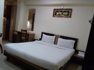 STARiHOTELS City Centre Gwalior