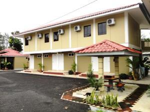 Senangin Resort and Cafe