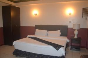 DM Residente Hotel Inns & Villas, Hotels  Angeles - big - 41