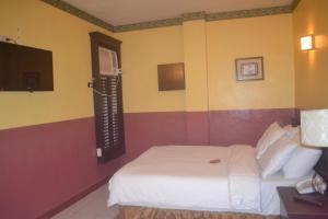 DM Residente Hotel Inns & Villas, Hotels  Angeles - big - 91