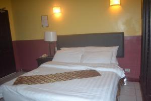 DM Residente Hotel Inns & Villas, Hotels  Angeles - big - 108