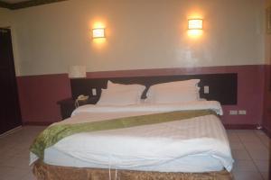 DM Residente Hotel Inns & Villas, Hotels  Angeles - big - 106