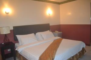 DM Residente Hotel Inns & Villas, Hotels  Angeles - big - 76