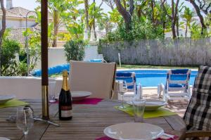 Casa dos Amigos, Villas  Almancil - big - 25