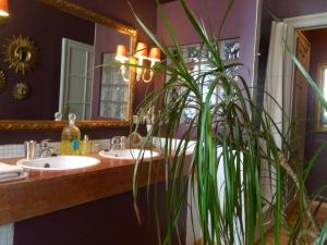 B&B L'Art de la Fugue, Bed and Breakfasts  Brusel - big - 20